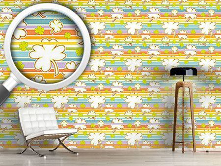 Design Wallpaper Lucky Clover On Stripes
