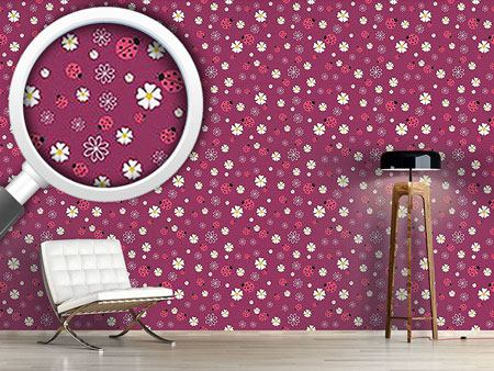 Design Wallpaper Lucky Ladybugs