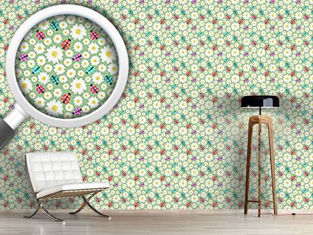 Design Wallpaper Ladybugs Love Flowers