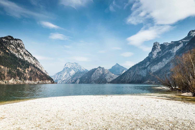 Fototapete Der idyllische Bergsee