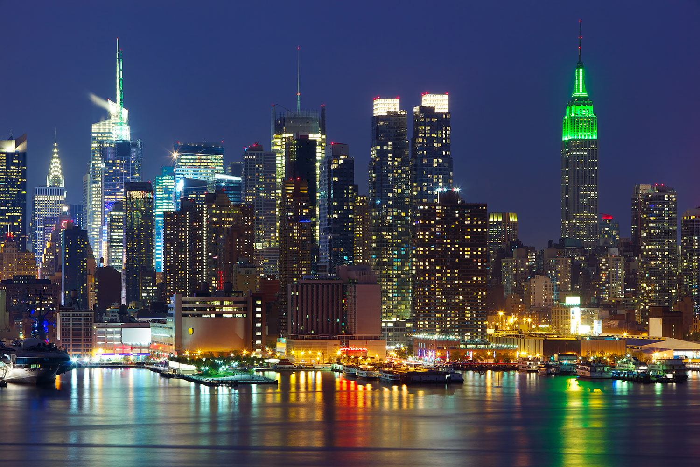 fototapete skyline new york midtown bei nacht. Black Bedroom Furniture Sets. Home Design Ideas